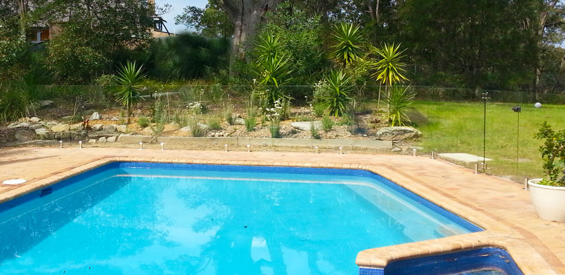 frameless glass pool fencing northern beaches
