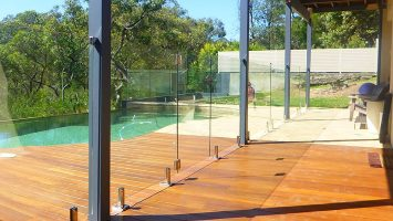 northern beaches glass pool fencing